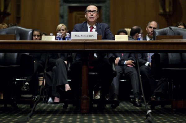 Mnuchin Backs Fed Independence and Signals Reform Isn't Priority