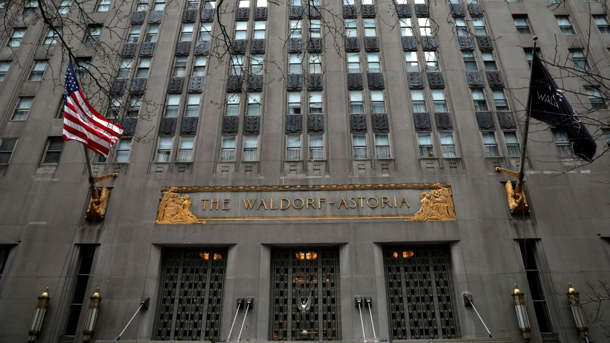 New York's Waldorf Astoria is now controlled by the Chinese government